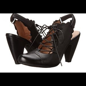 Miz Mooz Suzanna lace-up heels